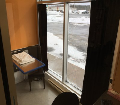 This Exam room also has windows for a relaxing experience!  This room is used primarily if we suspect an infectious disorder like Kennel Cough, so your pet does not have an opportunity to spread their ailment to other pets visiting us!